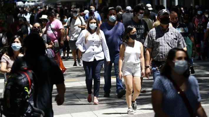 Cadem: Percepción sobre pertenecer a clase media baja subió a un 41% en Chile